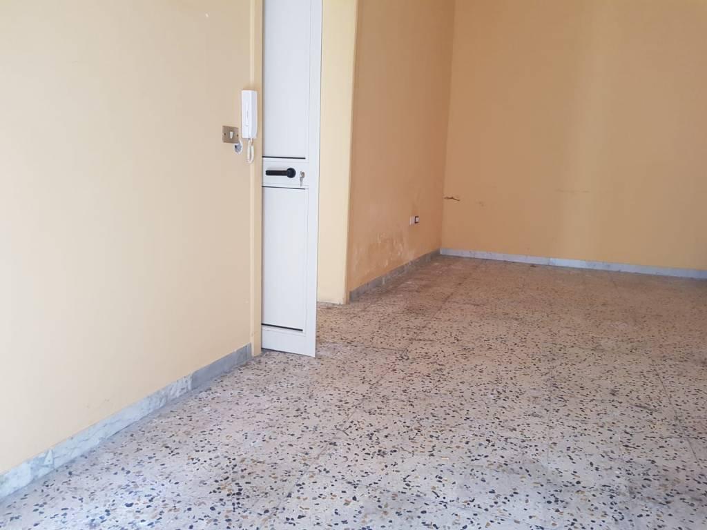 Appartamento in buone condizioni in vendita Rif. 7887966
