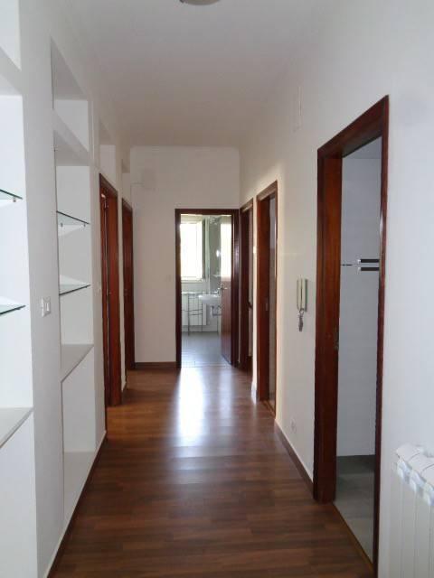 Appartamento in ottime condizioni in vendita Rif. 7891710