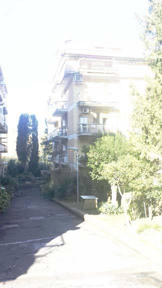 Appartamento in buone condizioni in vendita Rif. 7888728