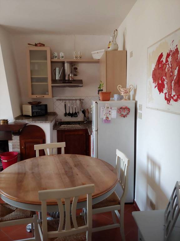 Appartamento in ottime condizioni arredato in affitto Rif. 7890627