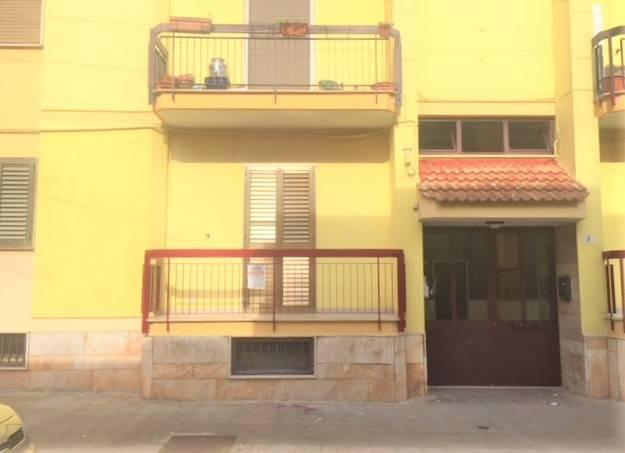 Appartamento in buone condizioni in vendita Rif. 7891226