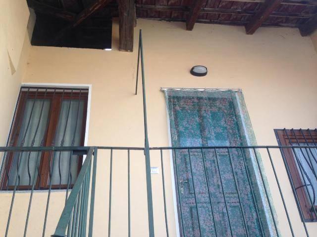 Appartamento in ottime condizioni in vendita Rif. 7890269