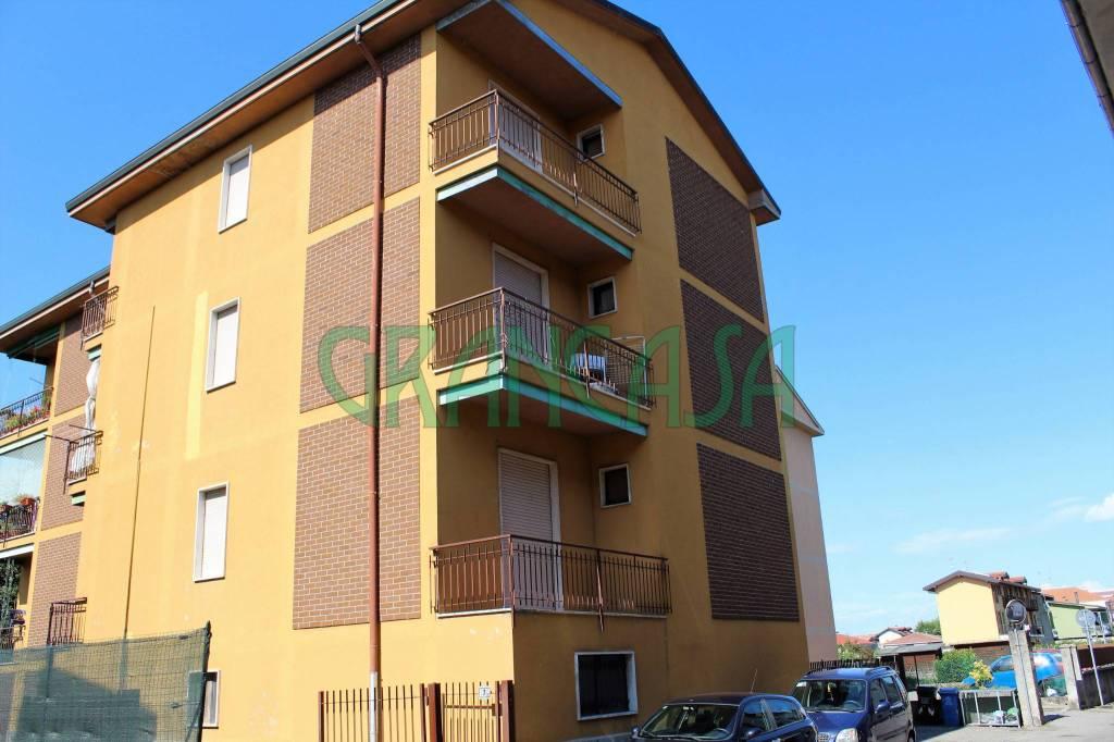 Appartamento da ristrutturare in vendita Rif. 7888092