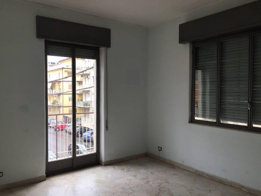 Appartamento da ristrutturare in vendita Rif. 7908536