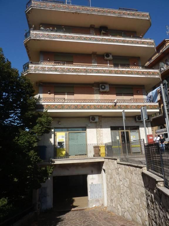 Appartamento in ottime condizioni parzialmente arredato in affitto Rif. 7836540