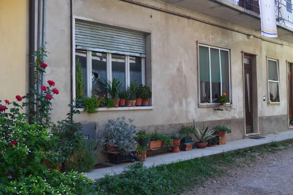 Appartamento da ristrutturare in vendita Rif. 7891270