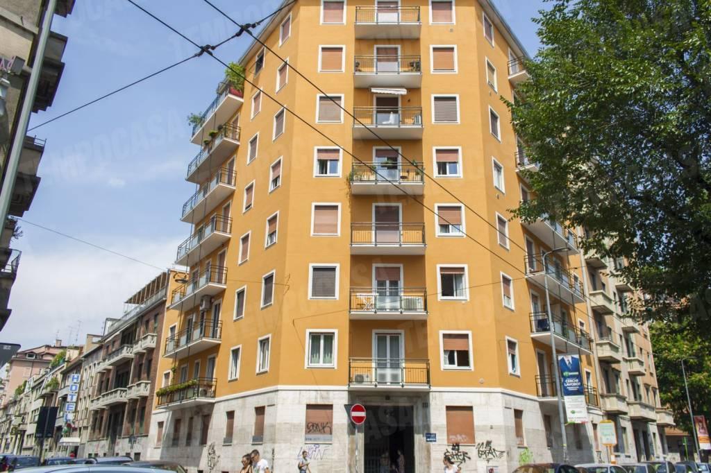 Appartamento in vendita 3 vani 120 mq.  via Giovanni Pacini 61 Milano