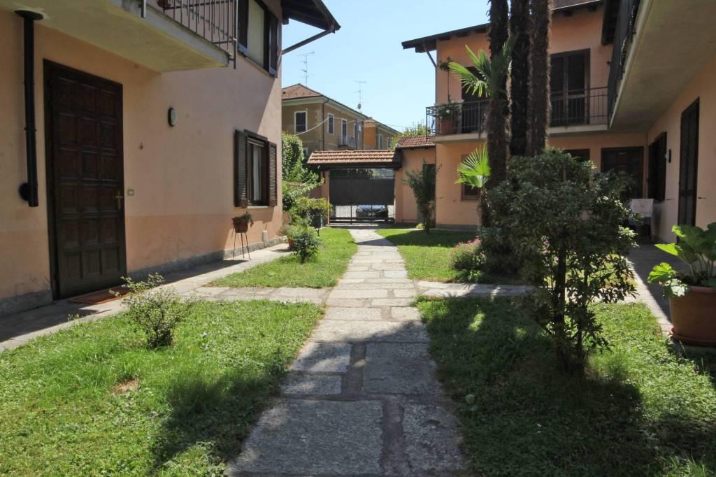 Appartamento in ottime condizioni in vendita Rif. 7890143