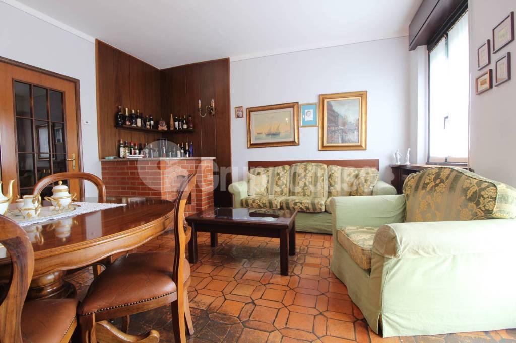 Appartamento in buone condizioni in vendita Rif. 7887813