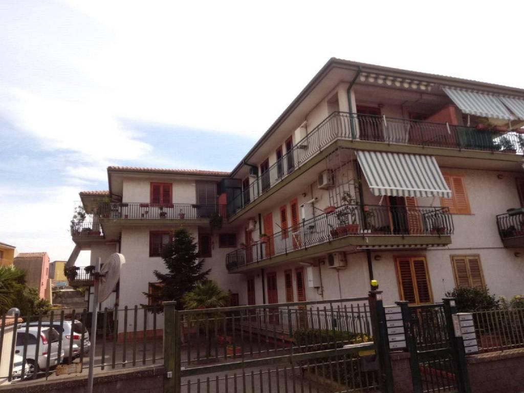 Appartamento in ottime condizioni arredato in affitto Rif. 7872357