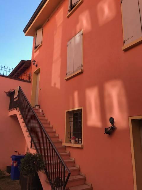 Appartamento in ottime condizioni arredato in affitto Rif. 7891688