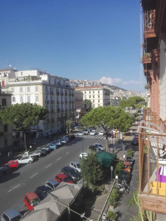 Appartamento in vendita 4 vani 95 mq.  viale Antonio Gramsci Napoli