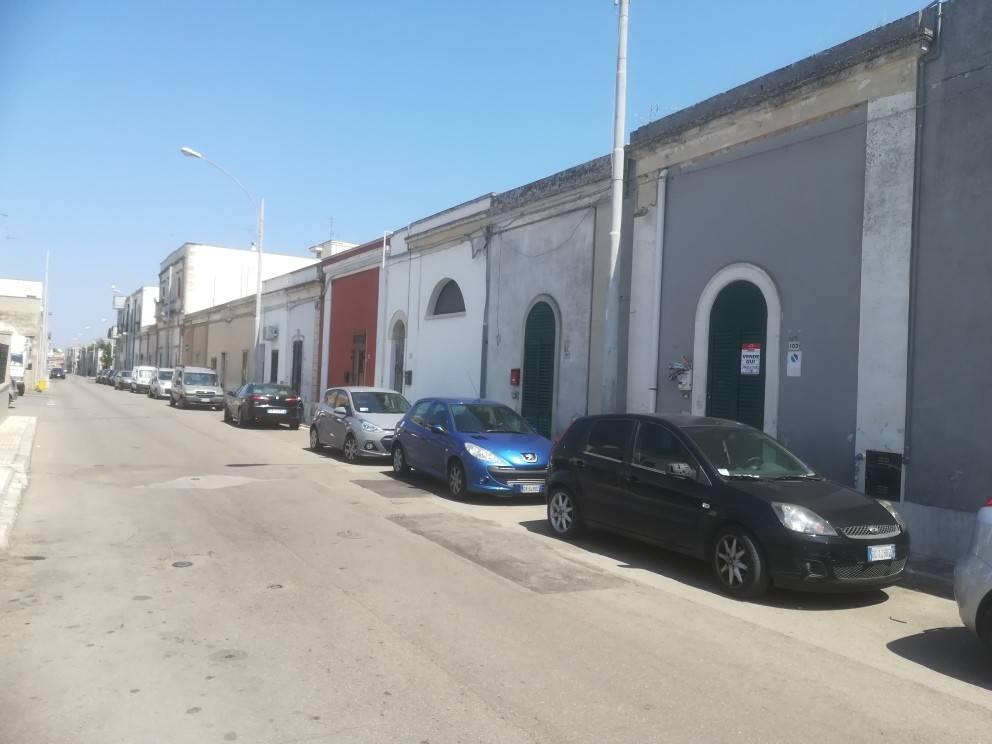 Appartamento da ristrutturare in vendita Rif. 8325583