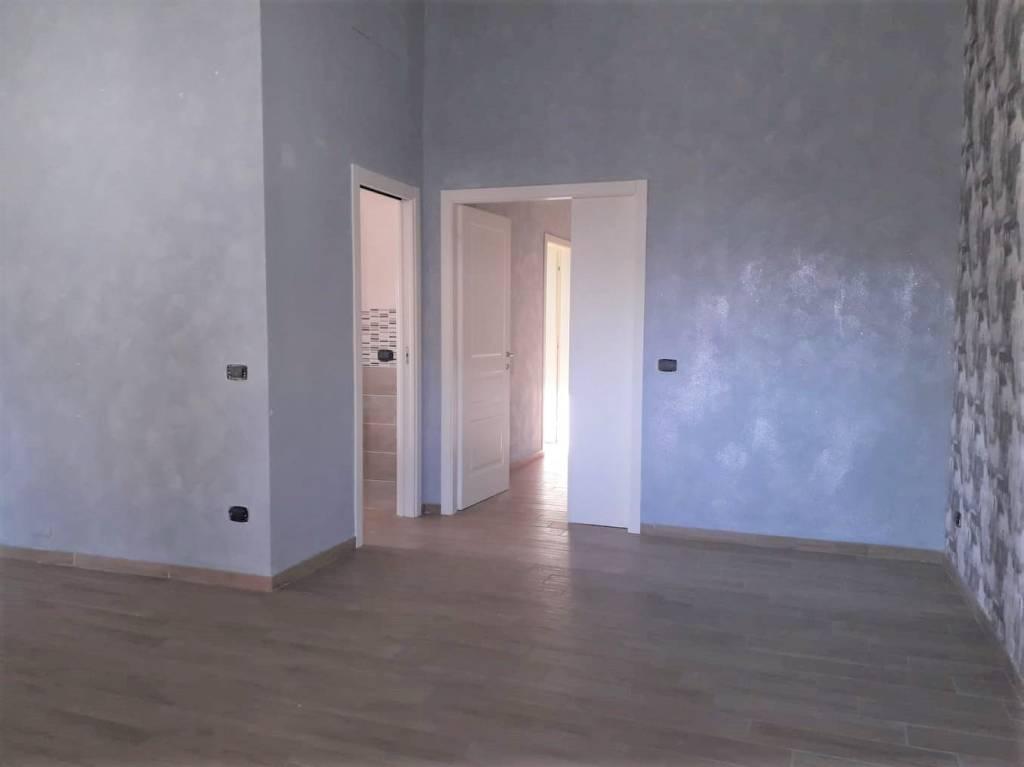Appartamento in ottime condizioni in affitto Rif. 7893263