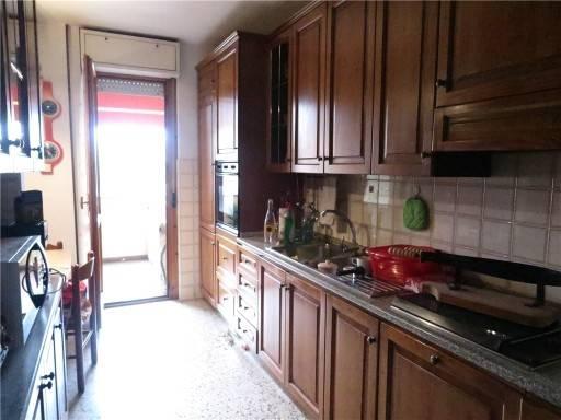 Appartamento in buone condizioni arredato in affitto Rif. 7899849