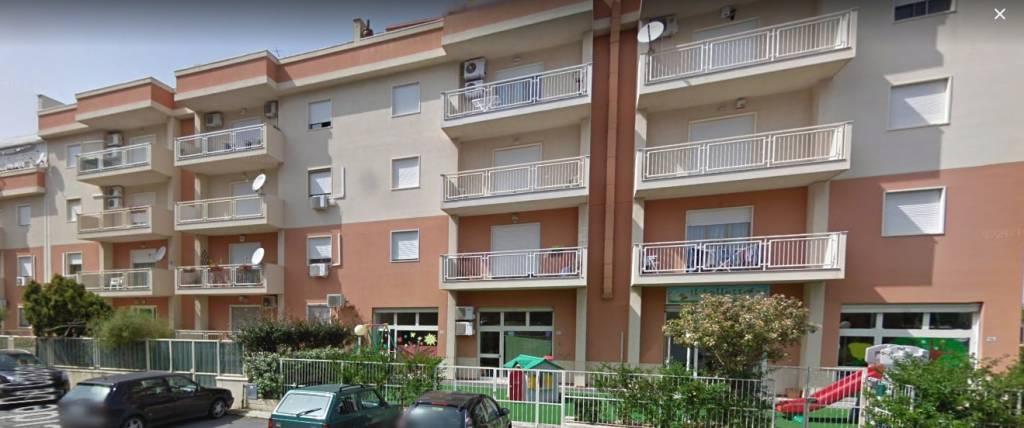 Appartamento in buone condizioni in vendita Rif. 7900543