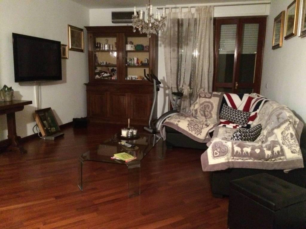 Appartamento in ottime condizioni in vendita Rif. 7900344