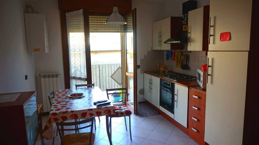 Appartamento in affitto a Montichiari, 2 locali, prezzo € 430   CambioCasa.it