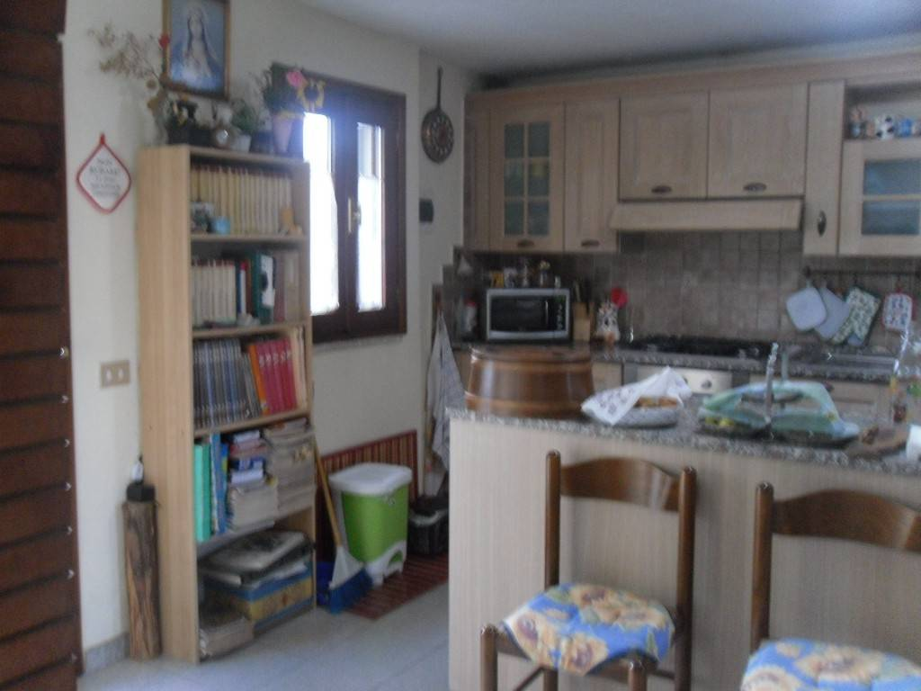 Casa Indipendente in buone condizioni parzialmente arredato in vendita Rif. 7900770