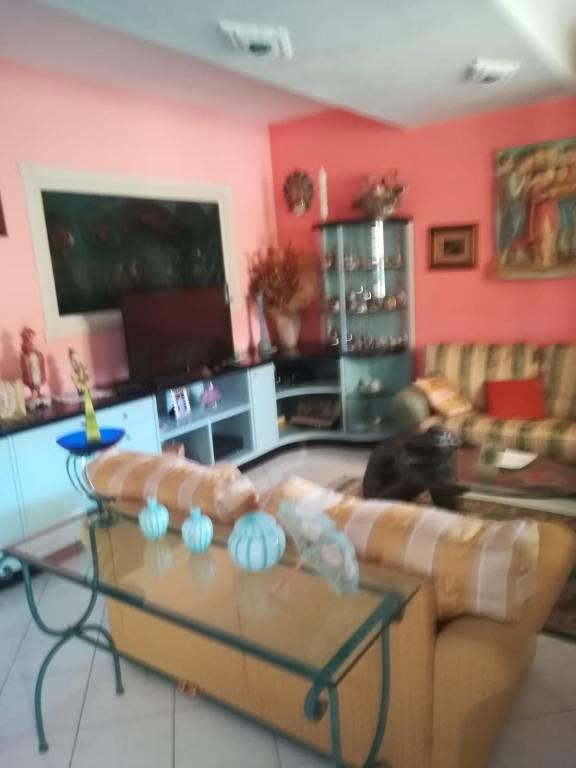 Villetta a schiera in buone condizioni in vendita Rif. 7901388