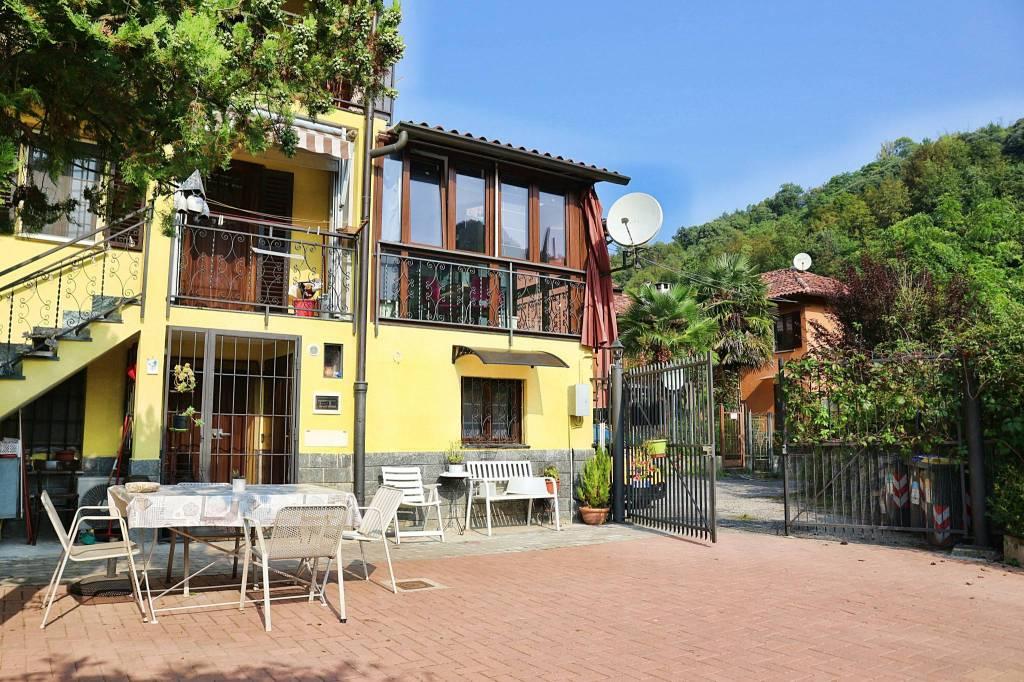 Foto 1 di Villa strada Comunale del Cartman 92, Torino