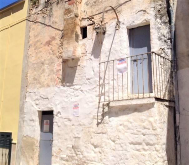 Casa Indipendente da ristrutturare in vendita Rif. 7910329