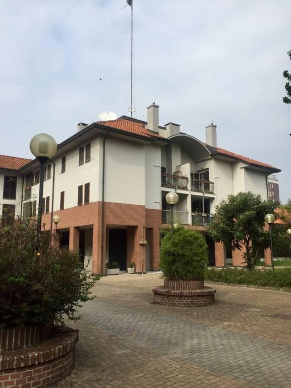 Appartamento in buone condizioni in vendita Rif. 7909717
