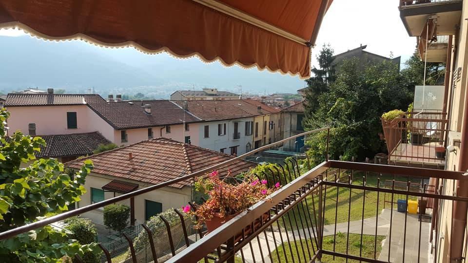 Appartamento in buone condizioni arredato in vendita Rif. 7907596