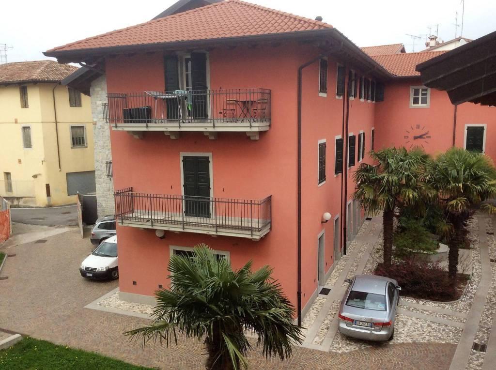 Appartamento in vendita Rif. 7907862