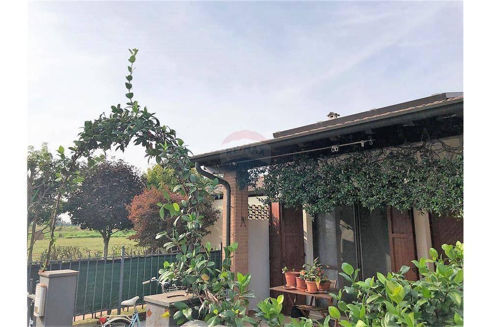 Villa a Schiera in vendita a Offlaga, 3 locali, prezzo € 105.000 | CambioCasa.it