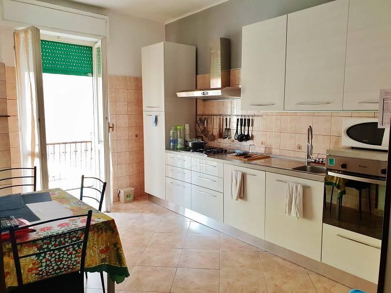 Appartamento in ottime condizioni arredato in vendita Rif. 7909181