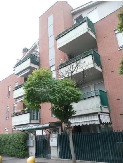 Appartamento in buone condizioni in vendita Rif. 7912392