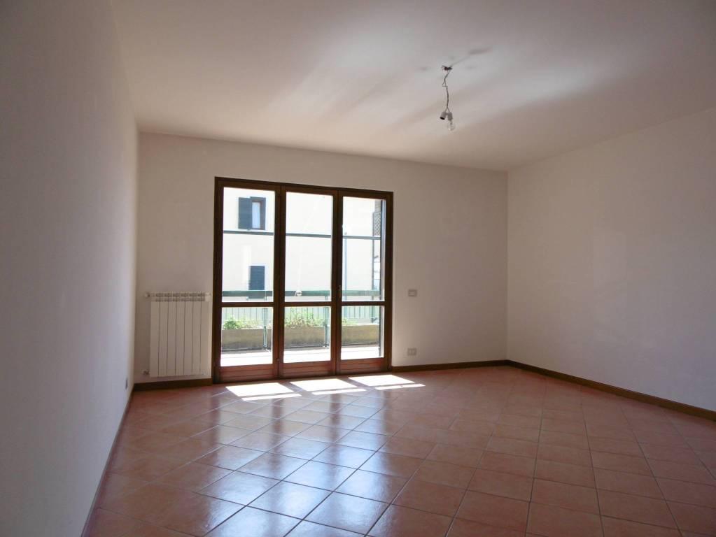 Appartamento in ottime condizioni in vendita Rif. 7909591