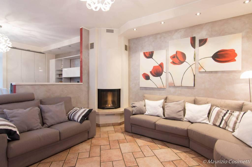 Villetta a schiera in ottime condizioni in vendita Rif. 7910136