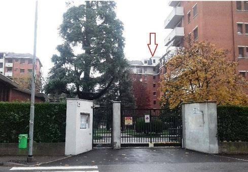 Appartamento in buone condizioni in vendita Rif. 7965152