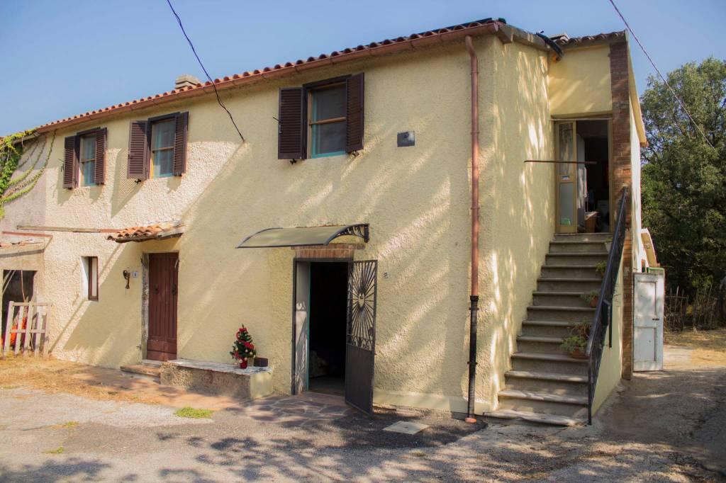 Rustico / Casale in ottime condizioni in vendita Rif. 7936215