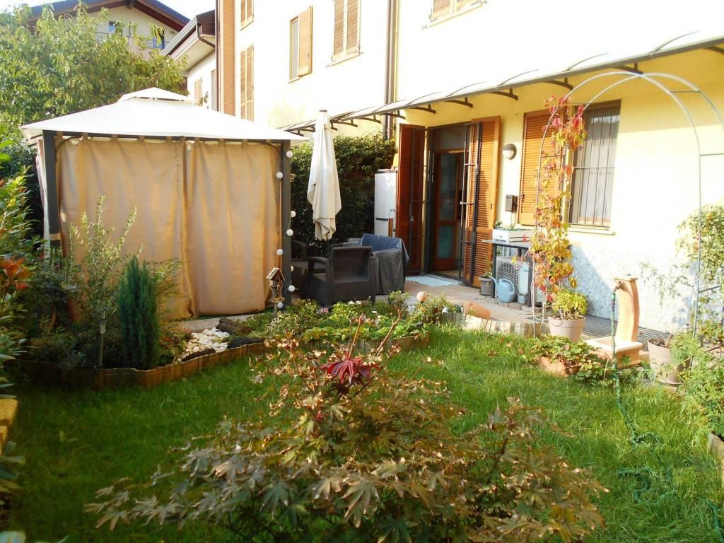 Appartamento in ottime condizioni in vendita Rif. 7926975