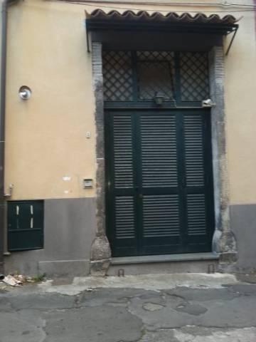 Appartamento in buone condizioni parzialmente arredato in affitto Rif. 5784529