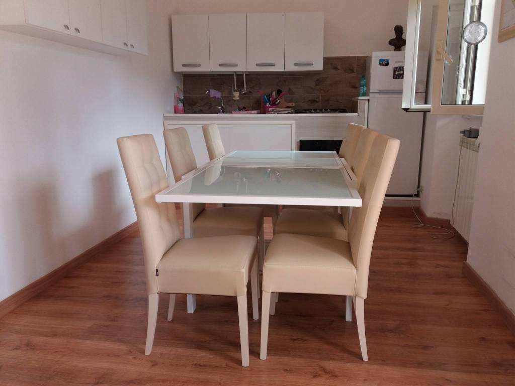 Appartamento in ottime condizioni arredato in affitto Rif. 7924610