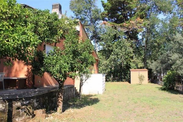 Villa in buone condizioni in vendita Rif. 7934868