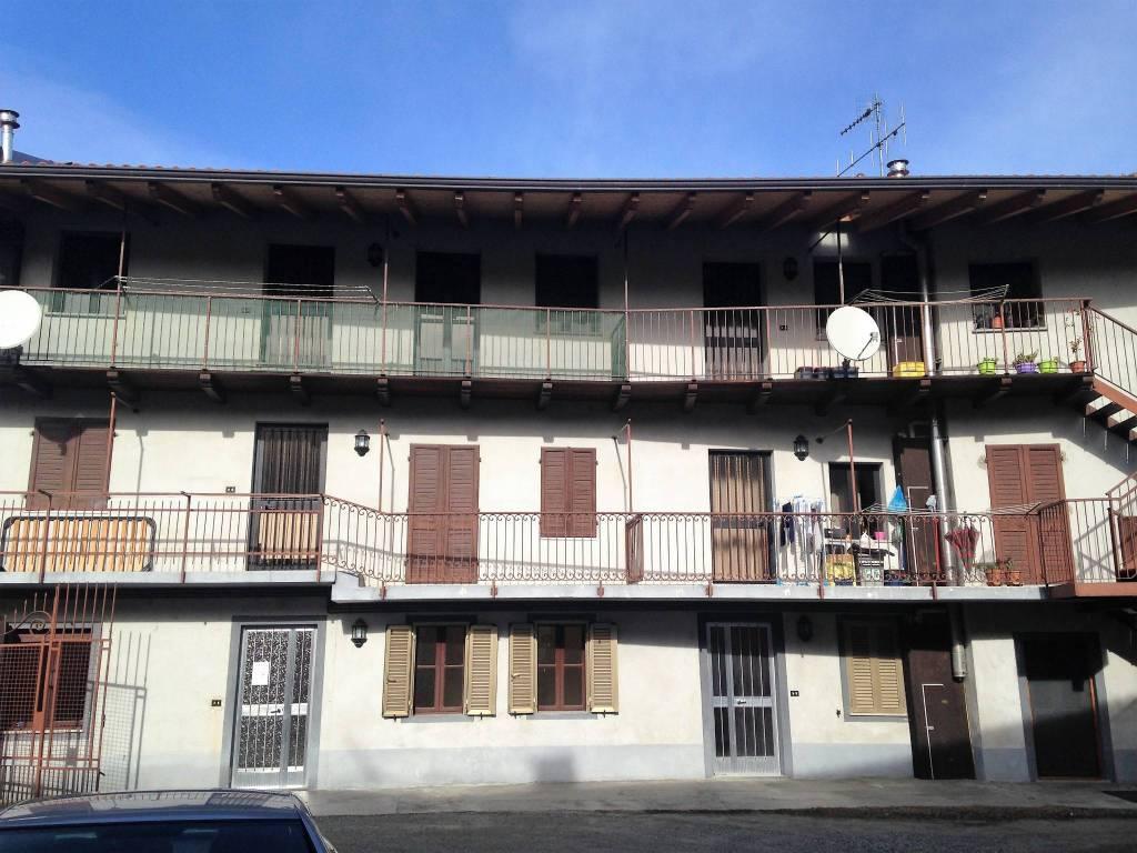 Appartamento in buone condizioni in affitto Rif. 7926072