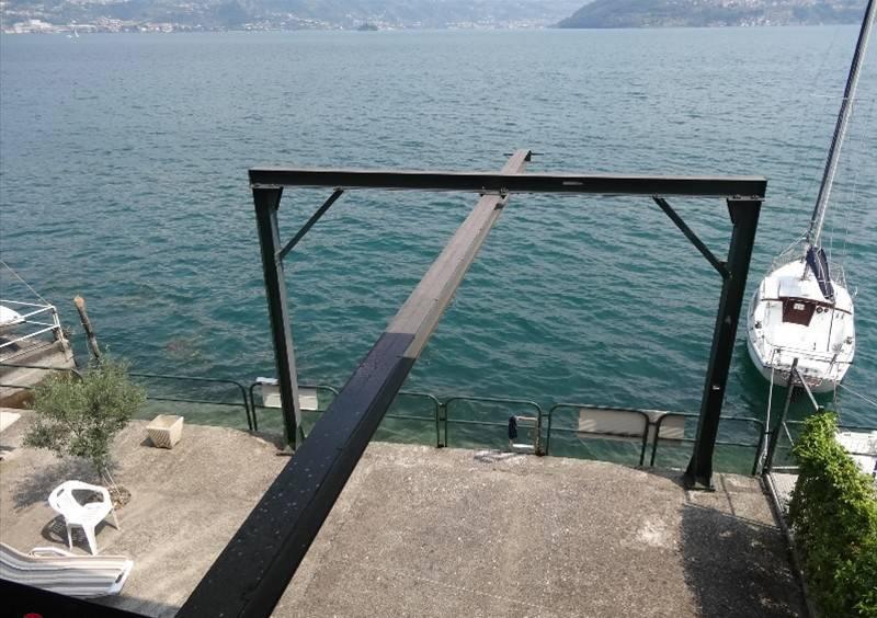 Soluzione Indipendente in vendita a Tavernola Bergamasca, 1 locali, prezzo € 275.000   CambioCasa.it