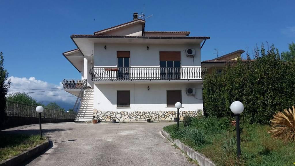 Appartamento in villa con giardino a Cassino