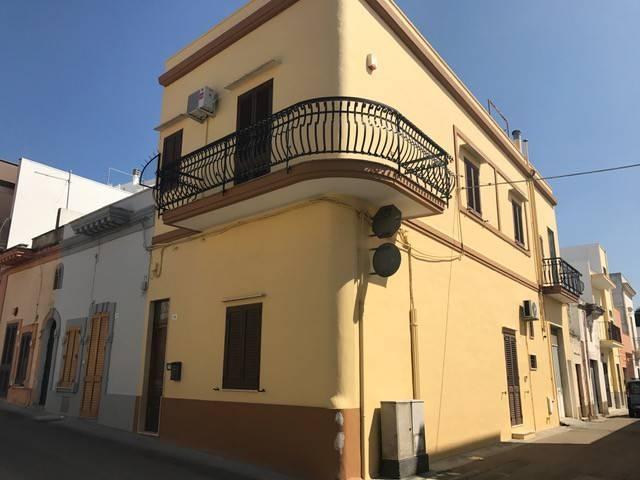 Casa indipendente in Vendita a Tuglie Centro: 5 locali, 160 mq