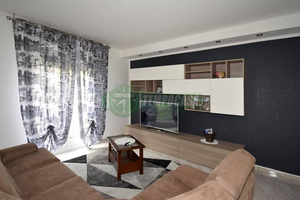 Appartamento in ottime condizioni in vendita Rif. 7928662