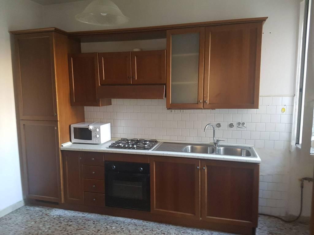 Appartamento in affitto a Pavia, 2 locali, prezzo € 500 | CambioCasa.it