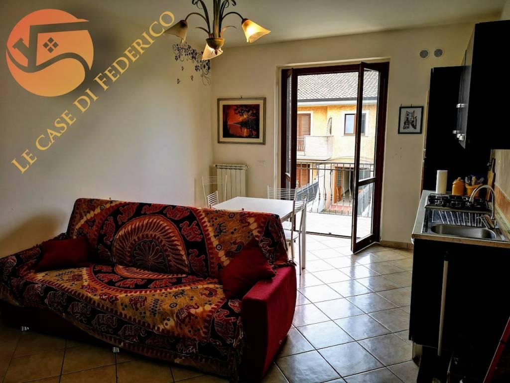 Appartamento in ottime condizioni arredato in affitto Rif. 7931759