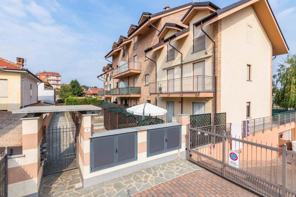 Appartamento in ottime condizioni in vendita Rif. 7927195