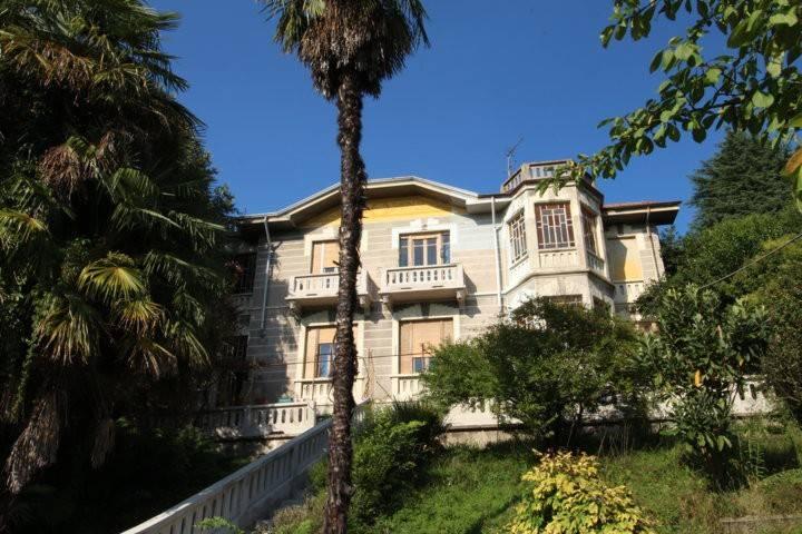 Appartamento in buone condizioni parzialmente arredato in affitto Rif. 7933464