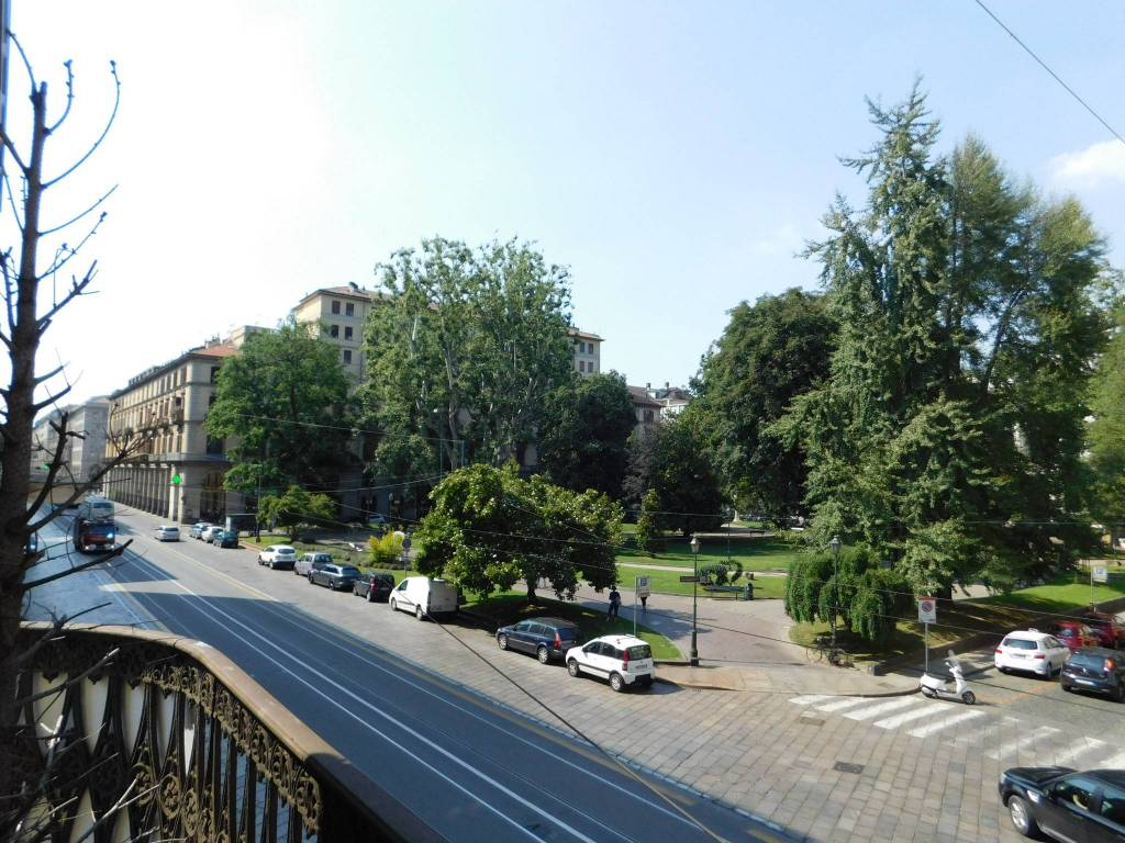 Ufficio in affitto via Cernaia 3 Torino